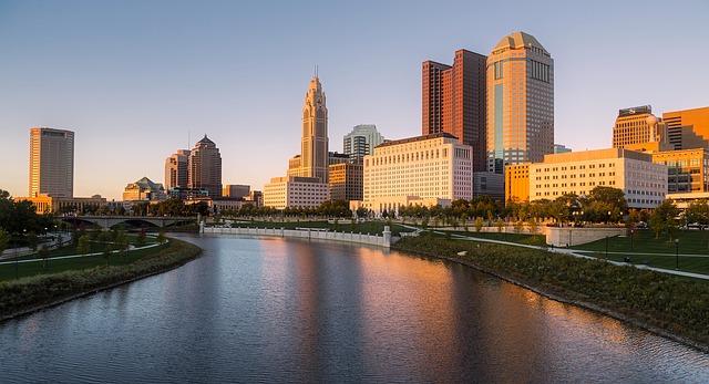A picture of the Scioto River and several skyscrapers in Columbus, Ohio.
